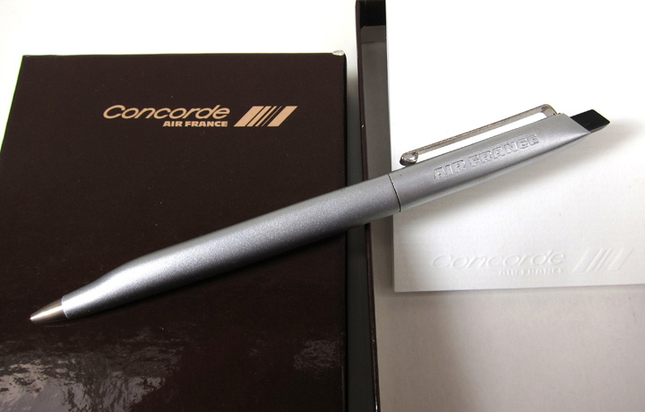 Original concorde shaped pen with embossed note pad