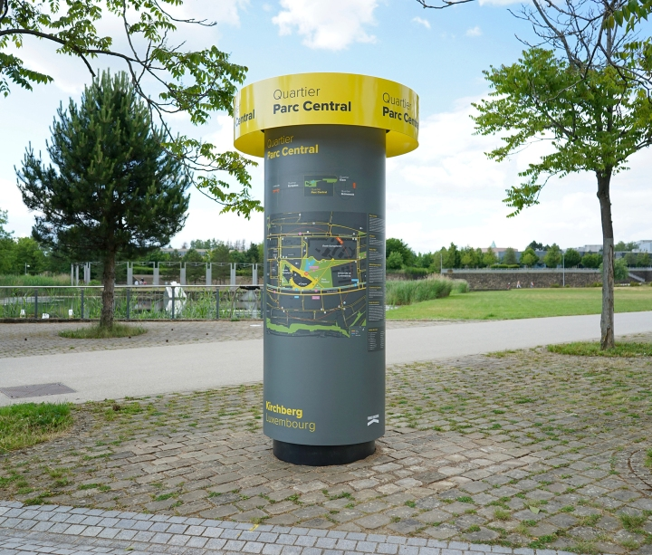 Signage project Kirchberg, morris column, central parc